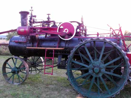 steam tractor side view