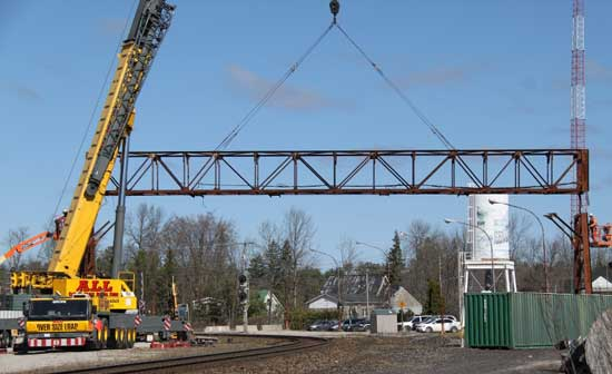 cn signal bridge removal