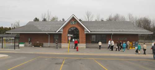 Barrie South GO station