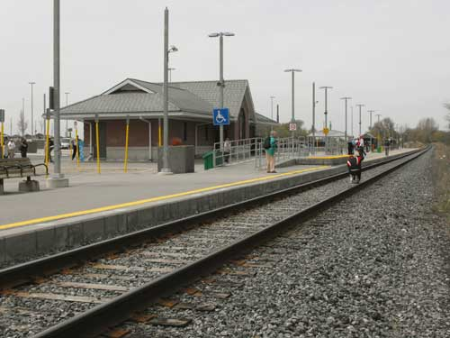 Barrie South station track