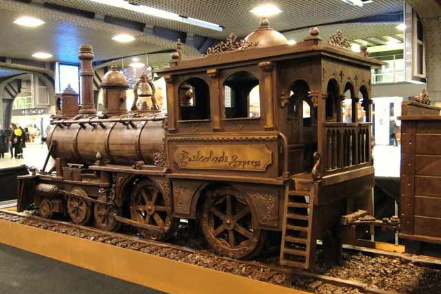 chocolate steam engine