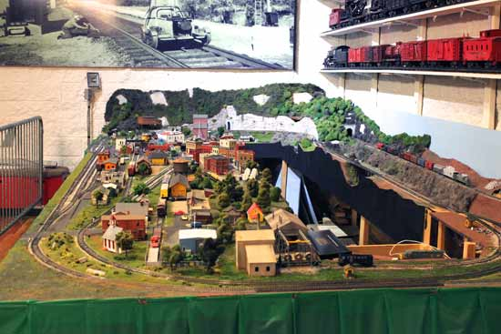 musuem model railroad exhibit