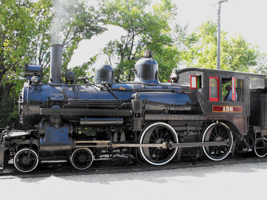 side view of loco 136