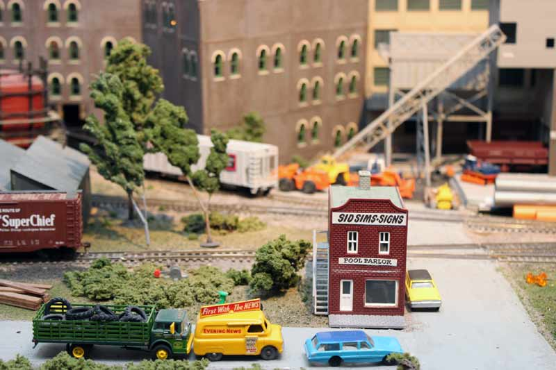 model train scenes   ho unrr layout