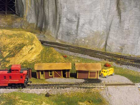 Modeling Roads And Streets On Model Railroads
