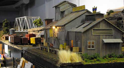 cannery model right end