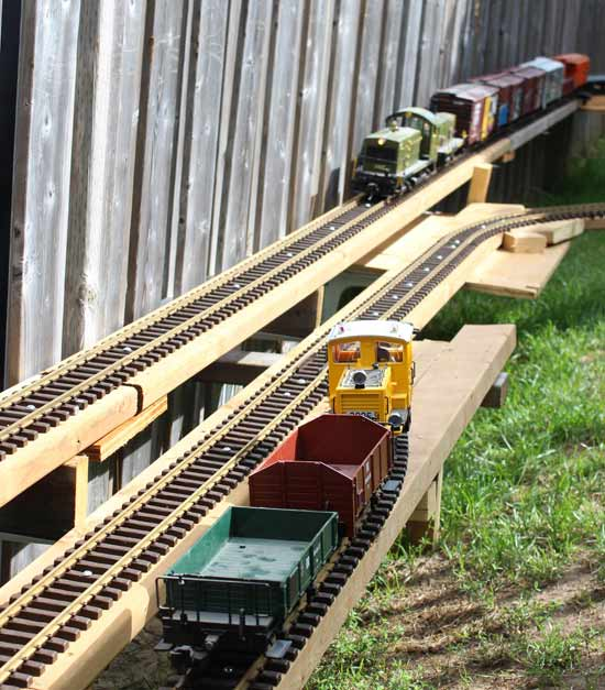 g scale garden railway with cn engines
