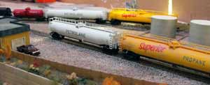 n scale switching propane cars