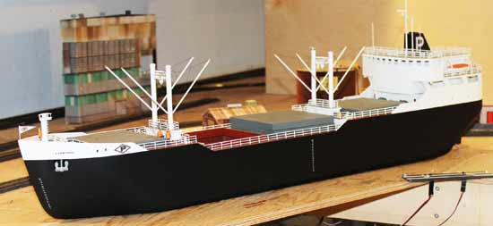 great lakes model freighter