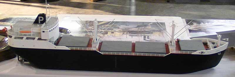 ho model ship freighter