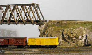 model railway truss bridge