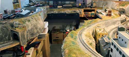 basic scenery on ho layout