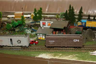 ho model railroad industries