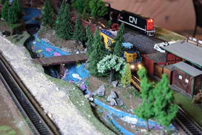 mainline on ho layout