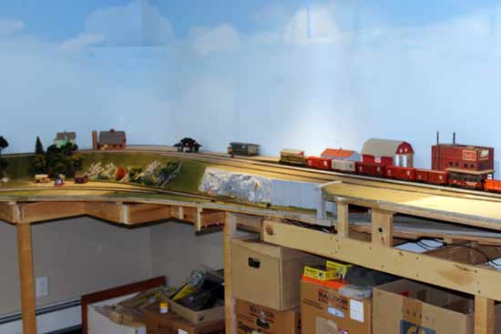 corner coving on a model train layout