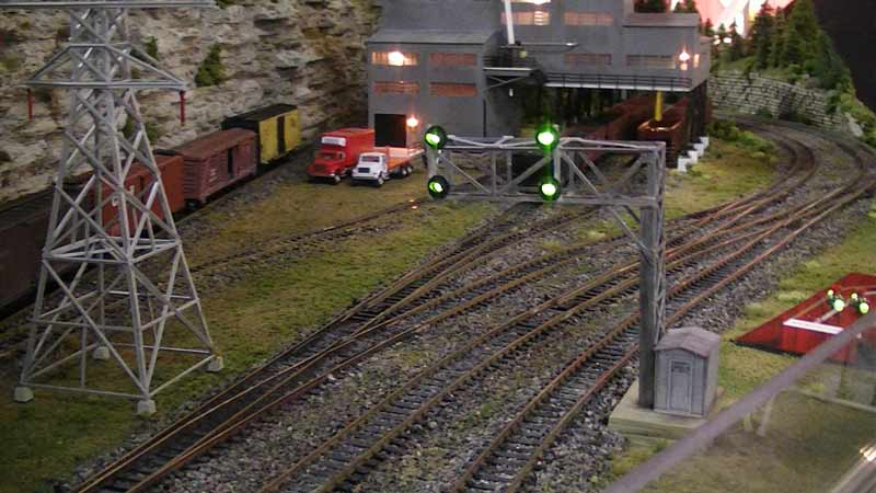 model railroad cantilever signals